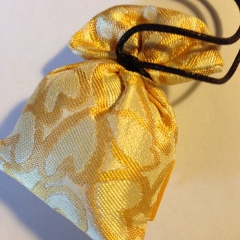 贈り物にも素敵な、松栄堂さんのにほい袋